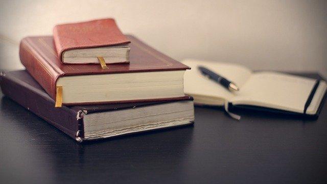 books-g40bbfbbeb_640